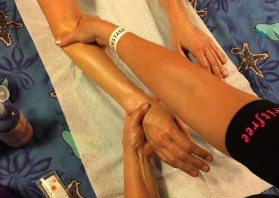 Handmassage op bedrijfsfeest